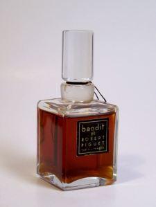 A 2 oz. bottle of vintage Extrait de Parfum, selling on eBay.