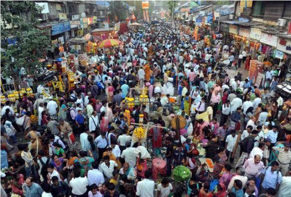 Dadar Flower Market, Mumbai. Photo: Ravindra Zende. Source: Kemmanu.com