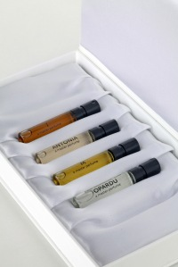 Sample or Gift Set of four Puredistance parfums.