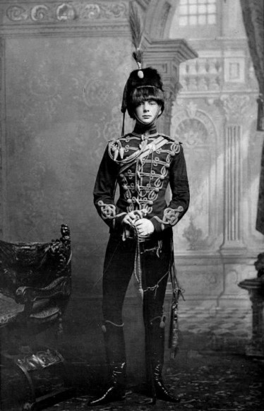 Young Winston Churchill in uniform. Source: Imgur.com