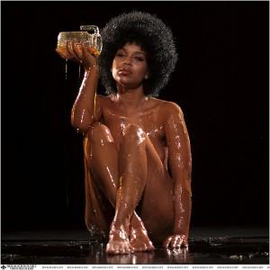 """Lisa Raye. Dripping honey on her body."" Portrait by Brad Miller / Retna Ltd. 2002. via Flickr"