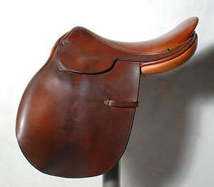 Hermès saddle. Source: eBay.com