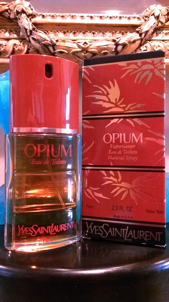 "My 1970s bottle of vintage Opium EDT. Note how the box says New York on it and ""Made in U.S.A,"" in addition to the usual Paris notation."