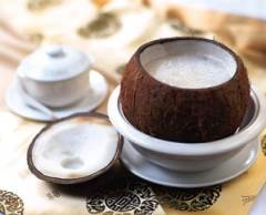 Double boiled coconut cream dessert via womenworld.org.