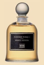 The Bell Jar of Fumerie Turque that is now the only version sold by Serge Lutens.