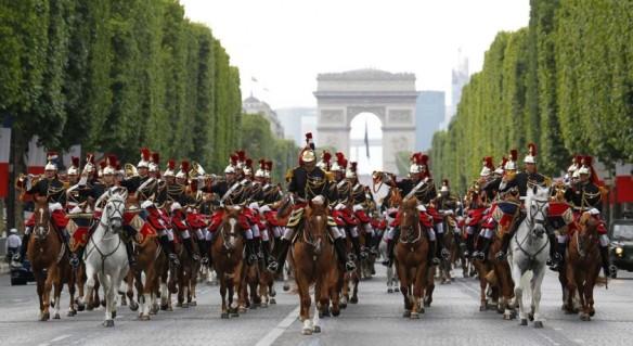 Garde Republicaine. Photo: souvenir-francais-asie.com