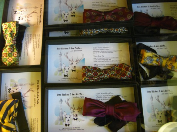 Part of the Oriza collection of bowties made out of vintage silk fabric.