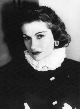 """Chanel, age 56, photographed by George Hoyningen-Heune, 1939 (copyright Horst/ Courtesy Staley-Wise Gallery)."" Source: Newyorksocialdiary.com"