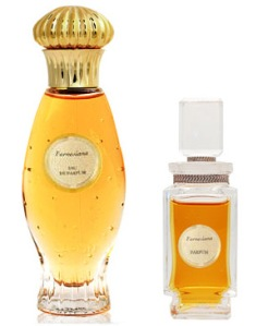 Farnesiana in Extrait on the right, in EDP on the left. Source: Luckyscent.