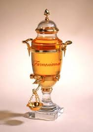 Farnesiana in one of Caron's famous Baccarat urns. Photo: Fragrantica.