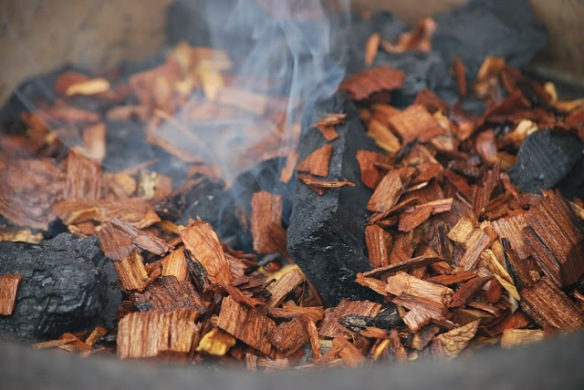 Mesquite wood chips on coal. Source:  My Story in Recipes blogspot. http://mystoryinrecipes.blogspot.com/2012/08/grill-smoked-chicken.html